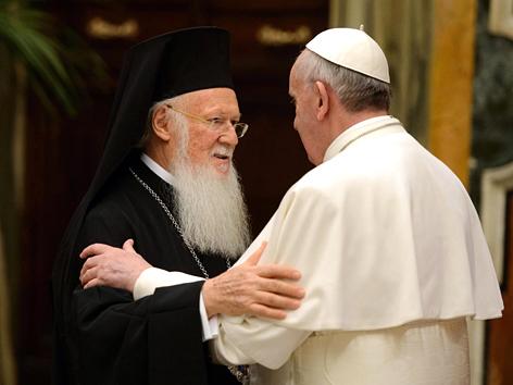 Papst Franziskus und der Ökumenische Patriarch von Konstantinopel, Bartholomaios I.